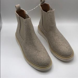 Universal Thread Grey Ankle Boots